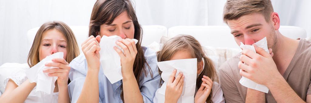Symptom för kikhosta är bl.a. förkylning